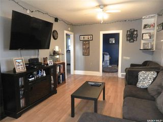Photo 3: 613 6th Avenue West in Nipawin: Residential for sale : MLS®# SK798589
