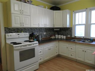 Photo 4: 613 6th Avenue West in Nipawin: Residential for sale : MLS®# SK798589