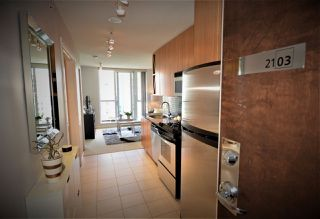 "Main Photo: 2103 1010 RICHARDS Street in Vancouver: Yaletown Condo for sale in ""THE GOLDBERG"" (Vancouver West)  : MLS®# R2459570"