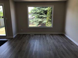 Photo 11: 15304 121 Street in Edmonton: Zone 27 House Half Duplex for sale : MLS®# E4202012