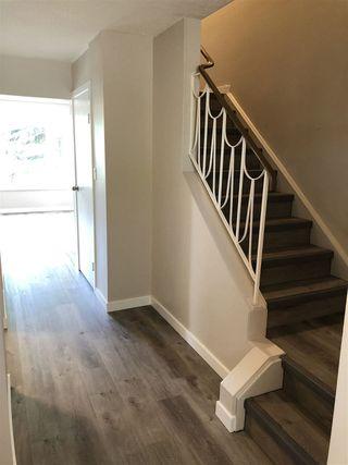 Photo 2: 15304 121 Street in Edmonton: Zone 27 House Half Duplex for sale : MLS®# E4202012