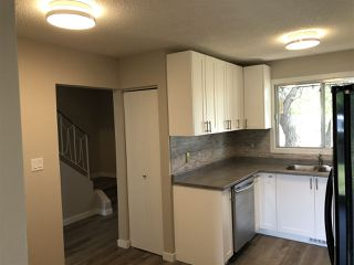 Photo 13: 15304 121 Street in Edmonton: Zone 27 House Half Duplex for sale : MLS®# E4202012