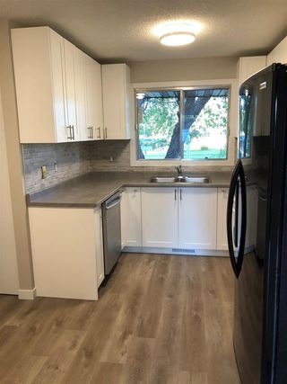 Photo 19: 15304 121 Street in Edmonton: Zone 27 House Half Duplex for sale : MLS®# E4202012
