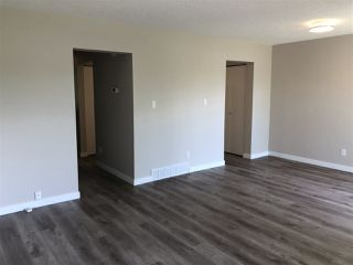 Photo 7: 15304 121 Street in Edmonton: Zone 27 House Half Duplex for sale : MLS®# E4202012
