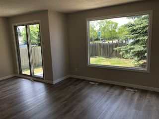 Photo 10: 15304 121 Street in Edmonton: Zone 27 House Half Duplex for sale : MLS®# E4202012