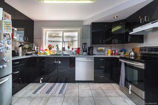 Photo 4: 2844 Sooke Rd in Langford: La Glen Lake House for sale : MLS®# 843656