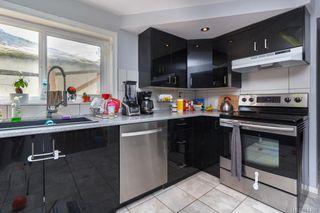 Photo 2: 2844 Sooke Rd in Langford: La Glen Lake House for sale : MLS®# 843656