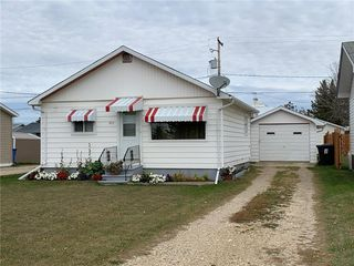 Photo 1: 377 Rupert Avenue in Grandview: Town of Grandview Residential for sale (R30 - Dauphin and Area)  : MLS®# 202025656