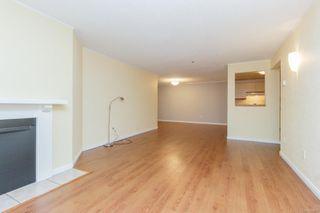 Photo 5: 109 1560 Hillside Ave in : Vi Oaklands Condo for sale (Victoria)  : MLS®# 858868