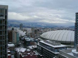 """Photo 2: 950 CAMBIE Street in Vancouver: Downtown VW Condo for sale in """"PACIFIC LANDMARK"""" (Vancouver West)  : MLS®# V616977"""