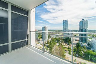 "Photo 11: 2111 13308 CENTRAL Avenue in Surrey: Whalley Condo for sale in ""Evolve"" (North Surrey)  : MLS®# R2403859"