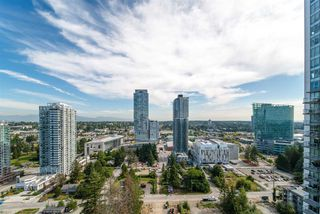 "Photo 12: 2111 13308 CENTRAL Avenue in Surrey: Whalley Condo for sale in ""Evolve"" (North Surrey)  : MLS®# R2403859"