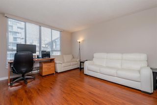 "Photo 5: 1010 1500 HOWE Street in Vancouver: Yaletown Condo for sale in ""The Discovery"" (Vancouver West)  : MLS®# R2422940"