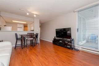 "Photo 6: 1010 1500 HOWE Street in Vancouver: Yaletown Condo for sale in ""The Discovery"" (Vancouver West)  : MLS®# R2422940"