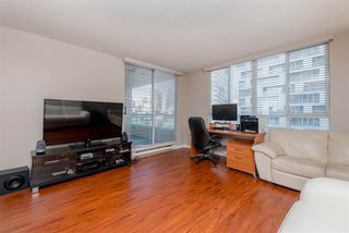 "Photo 4: 1010 1500 HOWE Street in Vancouver: Yaletown Condo for sale in ""The Discovery"" (Vancouver West)  : MLS®# R2422940"