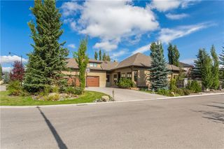 Main Photo: 85 Aspen Ridge Way SW in Calgary: Aspen Woods Detached for sale : MLS®# C4290867