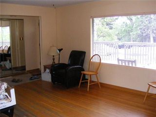 Photo 3: 20 COLLINGWOOD Place NW in Calgary: Collingwood Detached for sale : MLS®# C4291070