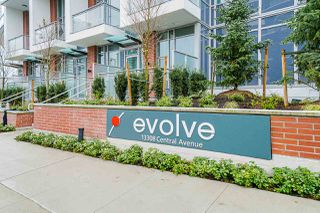 "Photo 15: 2411 13308 CENTRAL Avenue in Surrey: Whalley Condo for sale in ""Evolve"" (North Surrey)  : MLS®# R2448103"