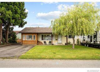 Main Photo: 6270 Hawkes Blvd in Duncan: Du West Duncan Single Family Detached for sale : MLS®# 844521