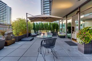 "Photo 10: 405 111 E 13TH Street in North Vancouver: Central Lonsdale Condo for sale in ""The Prescott"" : MLS®# R2481817"