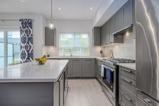 """Photo 6: 11 303 171 Street in Surrey: Pacific Douglas Townhouse for sale in """"FAIRWAYS"""" (South Surrey White Rock)  : MLS®# R2492203"""
