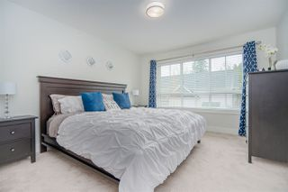 """Photo 20: 11 303 171 Street in Surrey: Pacific Douglas Townhouse for sale in """"FAIRWAYS"""" (South Surrey White Rock)  : MLS®# R2492203"""