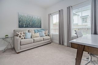 """Photo 4: 11 303 171 Street in Surrey: Pacific Douglas Townhouse for sale in """"FAIRWAYS"""" (South Surrey White Rock)  : MLS®# R2492203"""