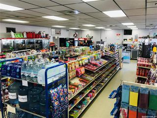 Photo 4: 116 2nd Avenue West in Wilkie: Commercial for sale : MLS®# SK830897