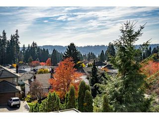 "Photo 19: 39 RAVINE Drive in Port Moody: Heritage Mountain House for sale in ""Heritage Mountain"" : MLS®# R2416276"