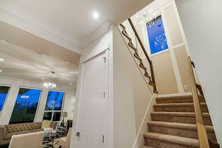 Photo 8: 16756 16A Avenue in Surrey: Pacific Douglas House for sale (South Surrey White Rock)  : MLS®# R2419753