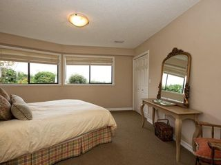 Photo 12: 1411 CHARTWELL Drive in West Vancouver: Home for sale : MLS®# V1042478