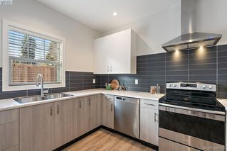 Photo 15: 1115 Lyall Street in VICTORIA: Es Saxe Point Half Duplex for sale (Esquimalt)  : MLS®# 420189