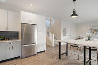 Photo 11: 1115 Lyall Street in VICTORIA: Es Saxe Point Half Duplex for sale (Esquimalt)  : MLS®# 420189