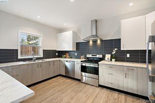 Photo 9: 1115 Lyall Street in VICTORIA: Es Saxe Point Half Duplex for sale (Esquimalt)  : MLS®# 420189