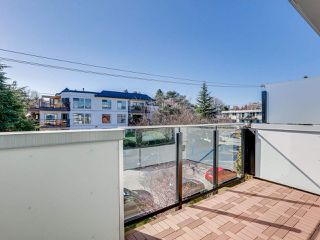 """Photo 17: 419 E 6TH Avenue in Vancouver: Mount Pleasant VE Townhouse for sale in """"6TH & GUELPH"""" (Vancouver East)  : MLS®# R2446729"""