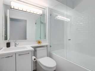 """Photo 16: 419 E 6TH Avenue in Vancouver: Mount Pleasant VE Townhouse for sale in """"6TH & GUELPH"""" (Vancouver East)  : MLS®# R2446729"""