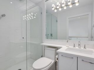 """Photo 11: 419 E 6TH Avenue in Vancouver: Mount Pleasant VE Townhouse for sale in """"6TH & GUELPH"""" (Vancouver East)  : MLS®# R2446729"""