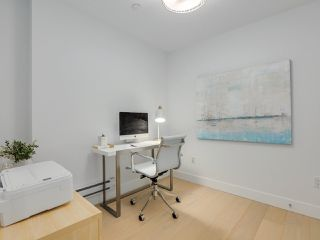 """Photo 15: 419 E 6TH Avenue in Vancouver: Mount Pleasant VE Townhouse for sale in """"6TH & GUELPH"""" (Vancouver East)  : MLS®# R2446729"""