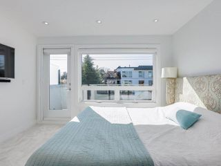"""Photo 10: 419 E 6TH Avenue in Vancouver: Mount Pleasant VE Townhouse for sale in """"6TH & GUELPH"""" (Vancouver East)  : MLS®# R2446729"""