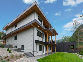 Photo 27: 2204 WINDSAIL Place in Squamish: Plateau House for sale : MLS®# R2464154