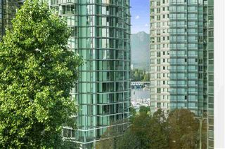 "Photo 4: 601 1288 W GEORGIA Street in Vancouver: West End VW Condo for sale in ""The Residences on Georgia"" (Vancouver West)  : MLS®# R2495717"