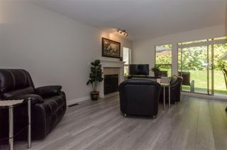 "Photo 3: 8 21960 RIVER Road in Maple Ridge: West Central Townhouse for sale in ""Foxborough"" : MLS®# R2499819"