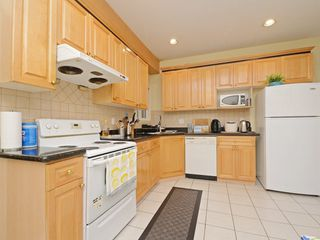 Photo 11: 5678 NELSON Avenue in Burnaby: Forest Glen BS House 1/2 Duplex for sale (Burnaby South)  : MLS®# R2502082