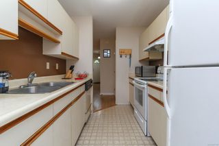 Photo 10: 7 1550 North Dairy Rd in : SE Cedar Hill Row/Townhouse for sale (Saanich East)  : MLS®# 857138