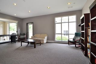 """Photo 24: 212 2558 PARKVIEW Lane in Port Coquitlam: Central Pt Coquitlam Condo for sale in """"THE CRESCENT"""" : MLS®# R2505348"""