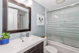 """Photo 16: 212 2558 PARKVIEW Lane in Port Coquitlam: Central Pt Coquitlam Condo for sale in """"THE CRESCENT"""" : MLS®# R2505348"""