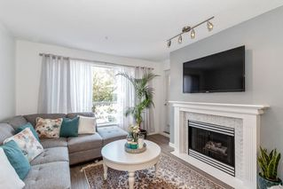 """Photo 2: 212 2558 PARKVIEW Lane in Port Coquitlam: Central Pt Coquitlam Condo for sale in """"THE CRESCENT"""" : MLS®# R2505348"""