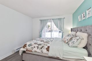 """Photo 14: 212 2558 PARKVIEW Lane in Port Coquitlam: Central Pt Coquitlam Condo for sale in """"THE CRESCENT"""" : MLS®# R2505348"""