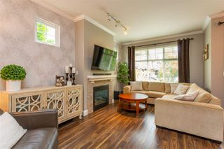 """Photo 2: 16 6050 166 Street in Surrey: Cloverdale BC Townhouse for sale in """"Westfield"""" (Cloverdale)  : MLS®# R2506257"""