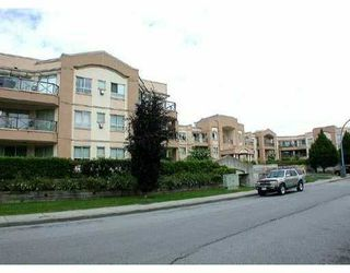 "Main Photo: 230 2109 ROWLAND ST in Port_Coquitlam: Central Pt Coquitlam Condo for sale in ""PARKVIEW PLACE"" (Port Coquitlam)  : MLS®# V501363"